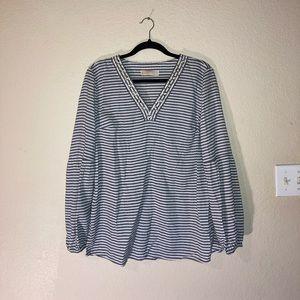 Michael Kors v neck bubble sleeve blouse